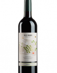 old-hands-roble-vino
